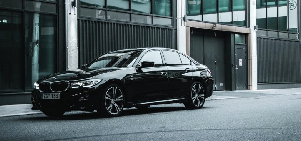BMW 3シリーズ 公式カタログ/オプション装備
