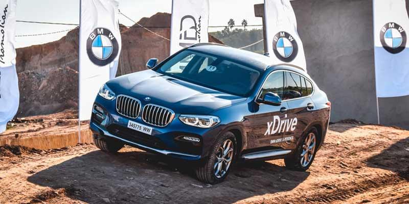BMW X4 カタログ PDF|オプション装備一覧